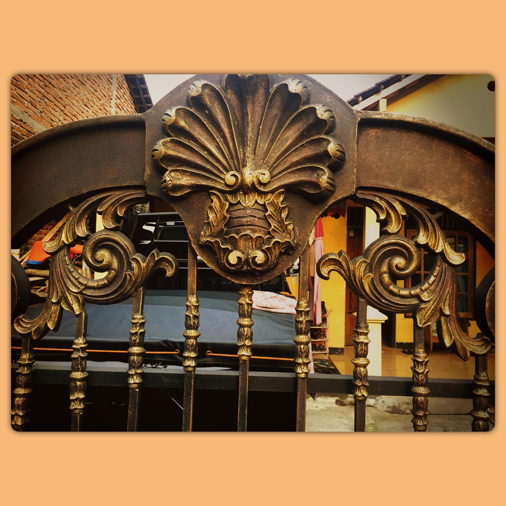 #wa085945443684pinbb54ecb664 #pagar #pagarbesitempa #pagarrumah #pagarbesi #besi #besitempa #besitempaklasikjakarta #besitempaklasik #besitempaserpong #pintugerbang #pintu #pinturumah #pintuminimalis #kanopi #kanopimurah #kanopiminimalis #kanopibesi #kanopirumah #kanopikaca #balkon #balkonien #balkonbesitempaklasik #balkonbesitempa #balkonbesi #tangga #tanggalayang #tanggalayangbesitempa#tanggalayangklasik#railling #raillingtanggabesitempa #raillingtangga #raillingbalkon #raillings