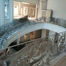 Railing tangga layang besi tempa klasik